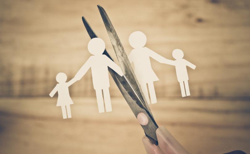 Divortul sotilor nu este divortul parintilor. Cum pot fi anuntati copiii de divortul parintilor?